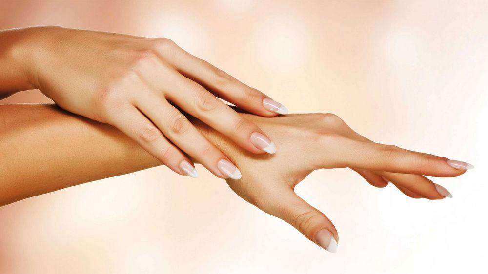 Как осветлить и обесцветить волосы на руках?